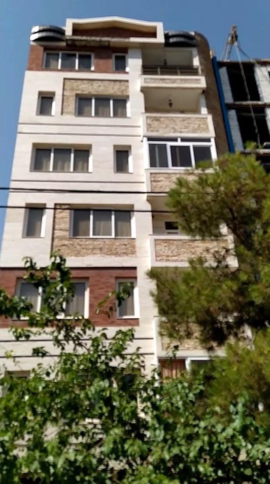 آپارتمان ۱۶۷ متری واقع در امامت ۲۵ مشهد