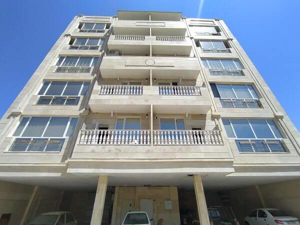 یک واحد آپارتمان ۱۳۵ متری ابتدا امیریه مشهد
